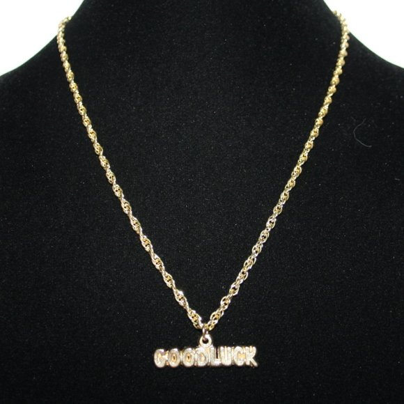 Vintagejelyfish Jewelry - Beautiful gold GOOD LUCK necklace nwot